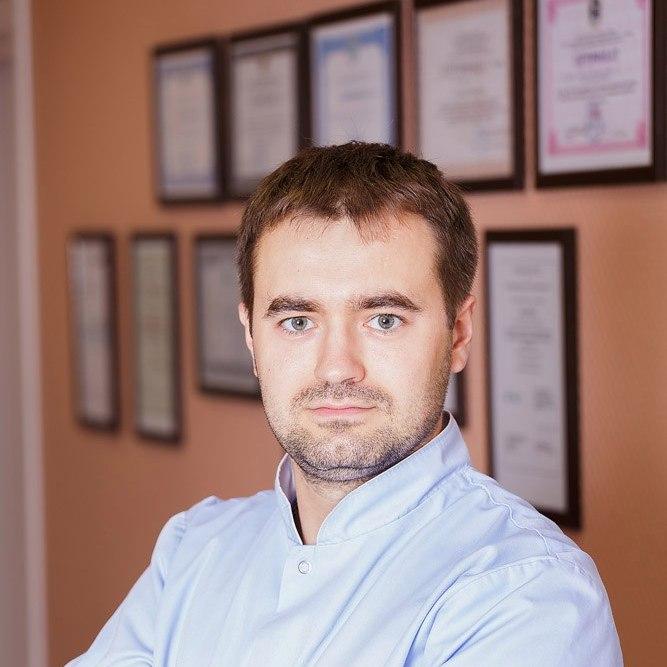 БАБИЧ Дмитрий Владимирович Реабилитолог-массажист
